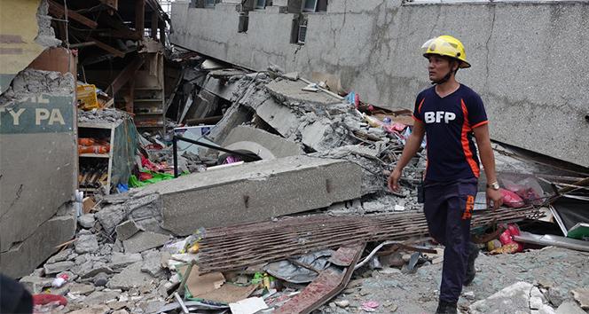 Filipinler'deki depremde 3 kişi öldü