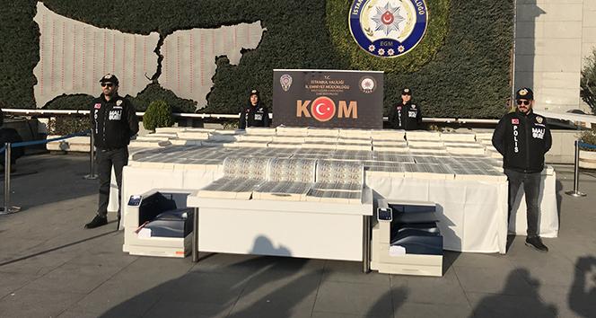 İstanbul'da FETÖ bağlantılı sahte dolar operasyonu: 127 milyon dolar ele geçirildi