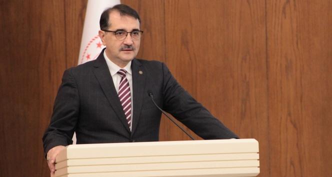 """Bakan Dönmez: """"Türkiye'de en geç 2021 sonunda dağıtım hatlarına ilk hidrojen girişinin olmasını hedefliyoruz"""""""