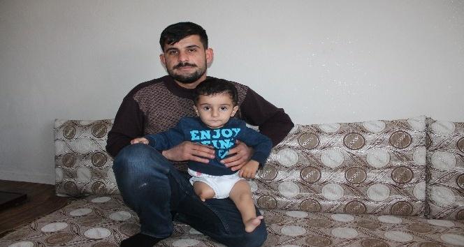 3 yaşındaki engelli Ardem'in yaşam mücadelesi yürek burkuyor