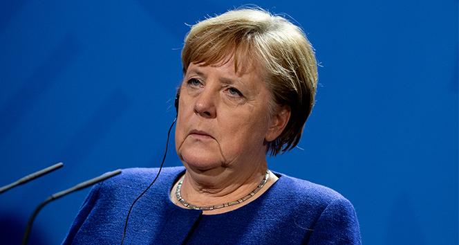 Libya Zirvesi sonrası Merkelden açıklama: Libyadaki krizin çözümü askeri olmayacak