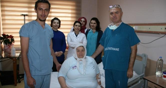 156 kiloluk kadına hayati müdahale