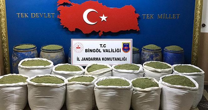 Jandarmadan uyuşturucu operasyonu, 1 ton 351 kilo toz esrar ele geçirildi
