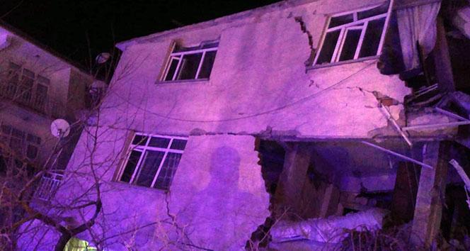 AFAD'tan deprem saati açıklaması : 'Depremin önceden kestirilmesi mümkün değil'