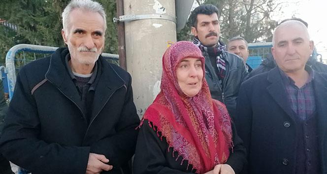Enkazdan sağ olarak çıkan Şahin ailesi: 'Binada daha önceki depremlerde çatlaklar oluştu'