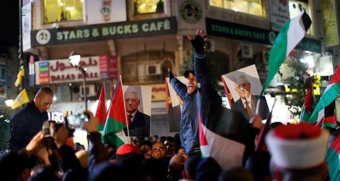 Filistinliler Trump'ın sözde Orta Doğu barış planını protesto etti