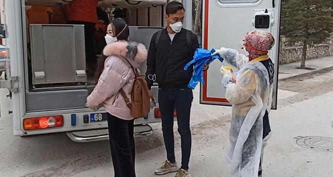 Aksaray'da 10 Çinli turist ve 2 Türk hastaneden çıktı