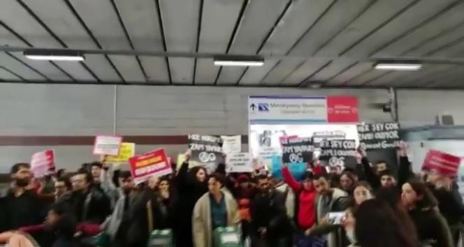 Öğrencilerden İBB'nin ulaşım zammına protesto