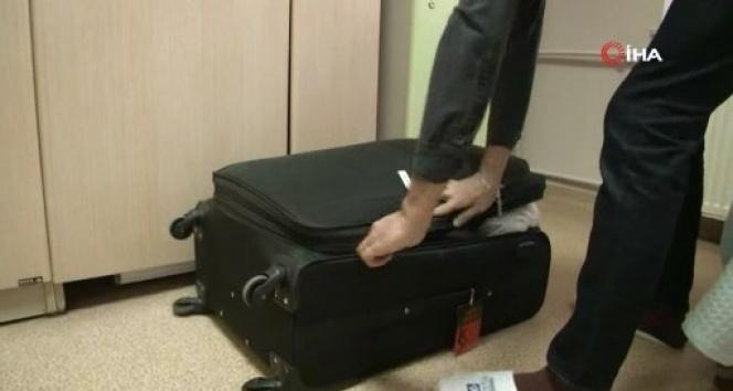 Gözlem altındaki vatandaşlar hastaneden valizlerle ayrıldı