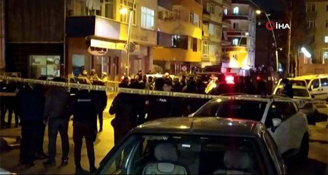 Bahçelievler'de beçkilere bıçaklı saldırı: 3 bekçi yaralandı
