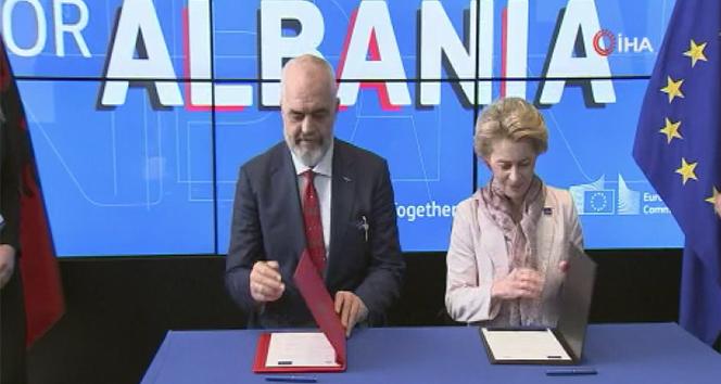 Arnavutluk Başbakanı Edi Rama'dan Türkçe teşekkür