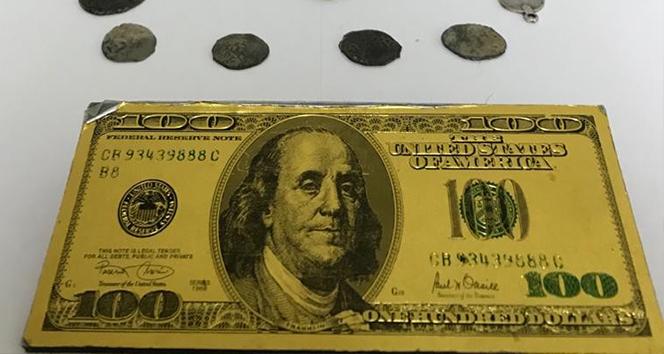 Metal banknot kalıbı ve tarihi sikkeler ele geçirildi