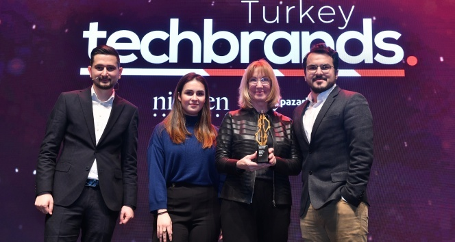 """""""Bilgisayar Sektörü"""" kategorisinde birincilik ödülü Casper'ın"""