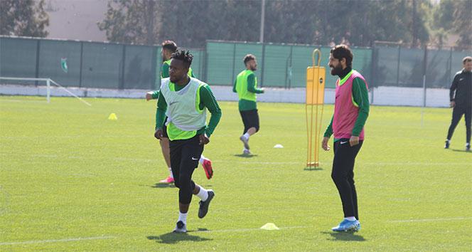 Ogenyi Onazi: 'Fenerbahçe maçını kazanabiliriz'