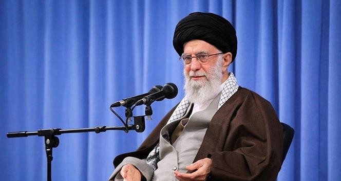İran Dini Lideri Hamaney: 'Filistinliler direnerek katilleri dize getirmeli'