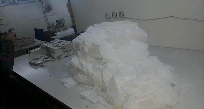 Zeytinburnu'nda kaçak maske imalathanesine baskın