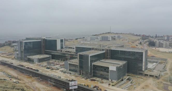 368 bin 648 metrekarelik alanda inşa edilen Kocaeli Şehir Hastanesi'nde sona yaklaşılıyor