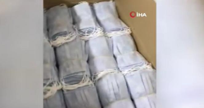 Sancaktepe'de kaçak maske üretilen imalathaneye denetim: 22 bin maske ele geçirildi