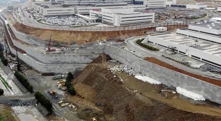 Başakşehir Şehir Hastanesi yolundaki hummalı çalışma drone ile görüntülendi
