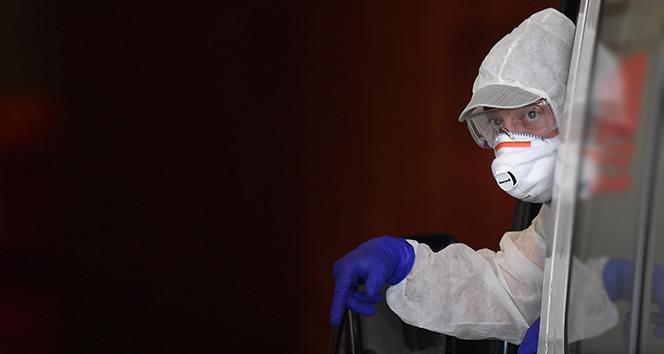ABD'de korona virüsünden ölenlerin sayısı 15 bine yaklaştı