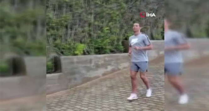 Cristiano Ronaldo, sevgilisi ile antrenmanlarını sürdürüyor