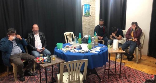 Alanya'da kumarhaneye çevrilmiş eve kumar baskını