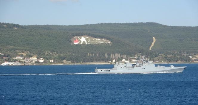 Rus savaş gemileri Çanakkale Boğazı'ndan geçti!