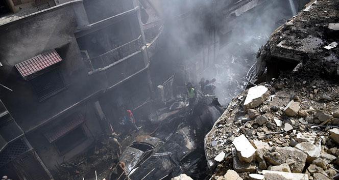 Pakistanda düşen uçakta ölü sayısı 76ya yükseldi