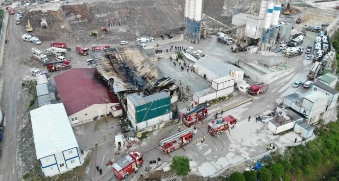 İstanbul Finans Merkezi şantiyesinde çıkan yangının büyüklüğü günün ilk ışıklarıyla ortaya çıktı