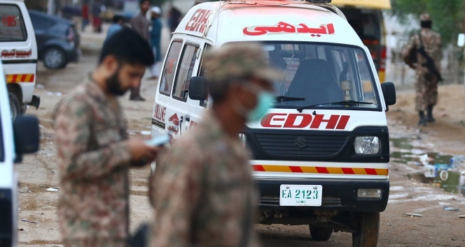Pakistan'daki uçak kazasında ölü sayısı 97'ye yükseldi
