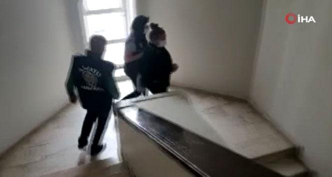 Dolandırdığı kişilerden 1 milyon TL'ye yakın haksız kazanç elde eden dolandırıcı turist yakalandı