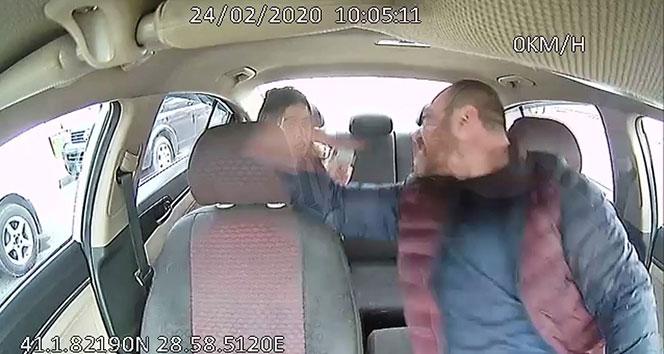 İstanbul'un göbeğinde taksici dehşeti kamerada
