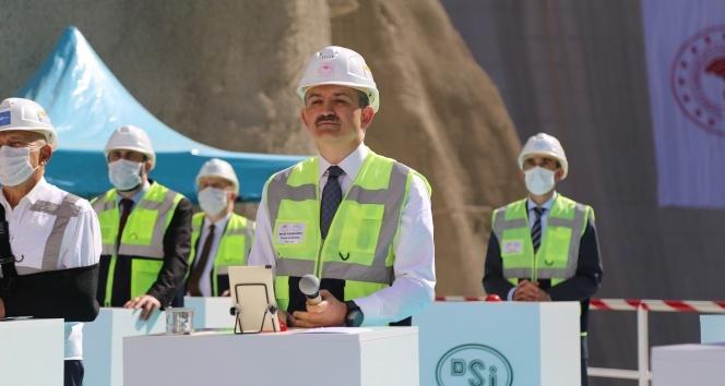 Yusufeli Barajının 3 milyonuncu metreküp betonu bugün döküldü