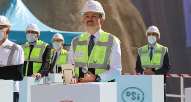 Türkiye'nin en çılgın nehrine yeni gerdanlık