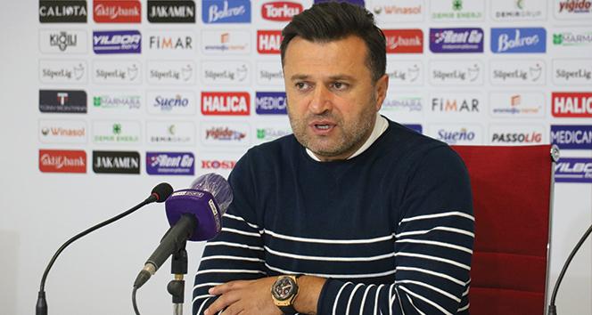 Denizlispor Teknik Direktörü Uygun: 'Futbolcu kardeşlerimi tebrik ediyorum'