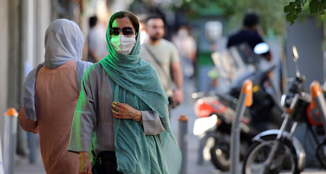 İran'da son 24 saatte korona virüsten 391 ölüm
