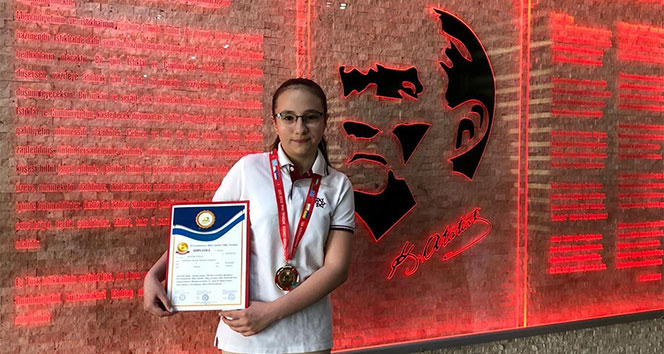 Uluslararası Bilgi Yarışmasında Büyük Başarı