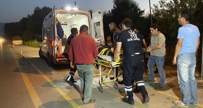 Elektrikli bisiklet ile bisiklet çarpıştı: 2 yaralı
