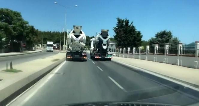 Beton mikserlerinin tehlikeli yarışı kamerada