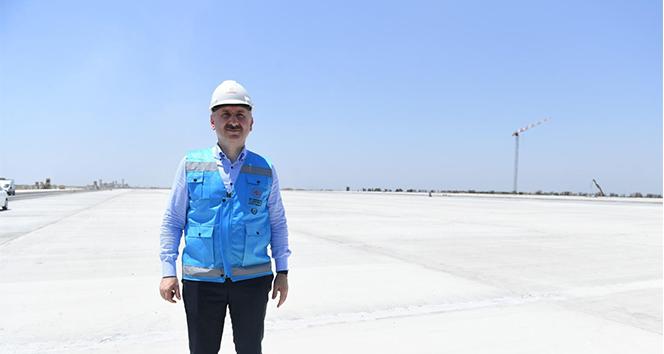 Bakan Karaismailoğlu: 'İki yıl bitmeden Çukurova Havalimanına ilk uçak inecek'