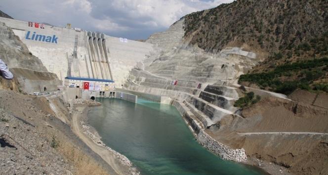 Çetin Barajı tam kapasite ile elektrik üretimine başladı