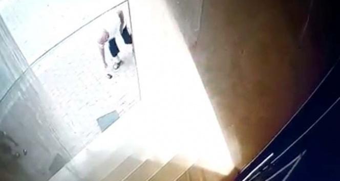 Esenyurt'ta garip olay güvenlik kamerasında