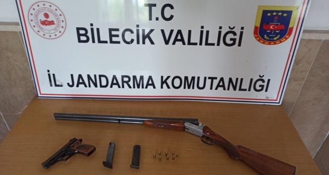 Bilecik'te yaşa dışı silah satışı operasyonu