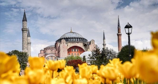 Diyanet İşleri Başkanı Erbaş'tan Ayasofya paylaşımı