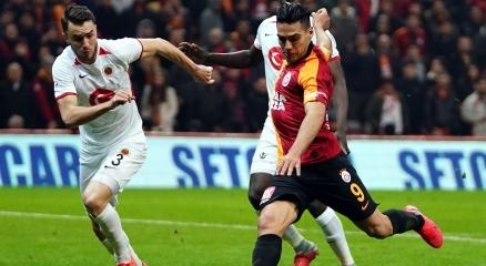 Galatasarayda Falcao, Ankaragücüne karşı yok