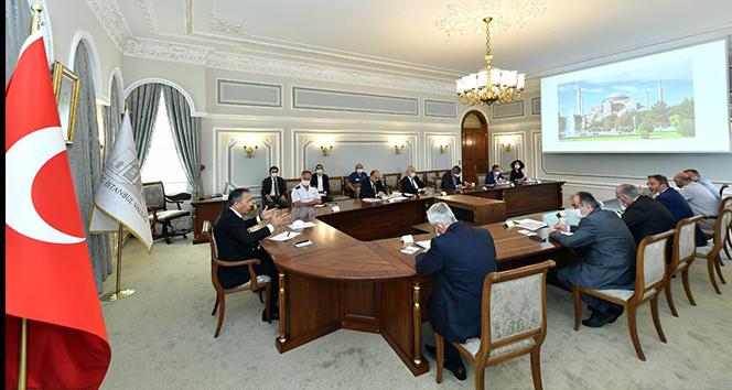İstanbul Valisi Yerlikaya, Ayasofya toplantısından fotoğraf paylaştı
