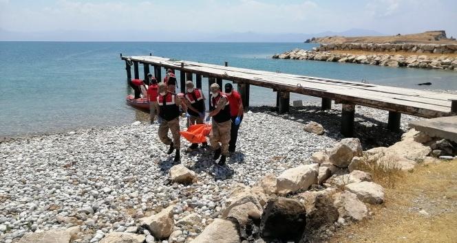 Van Gölü'nden çıkarılan ceset sayısı 40 oldu