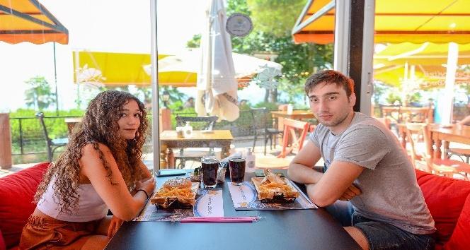 Muratpaşa'da gençlere bayram hediyesi