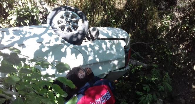 Mersin'de dereye uçan otomobildeki 5 kuzen yaralandı