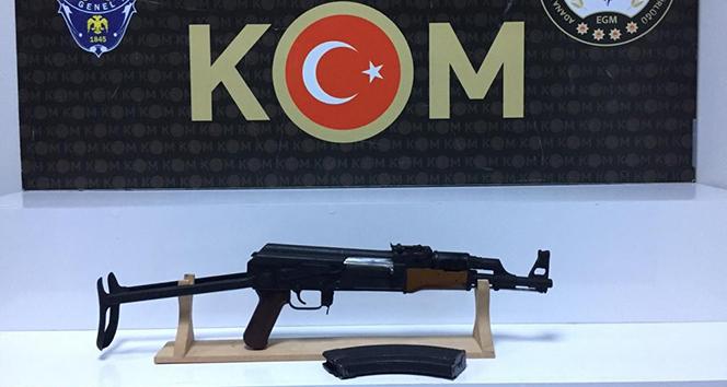 Adana'da uzun namlulu silah ele geçirildi